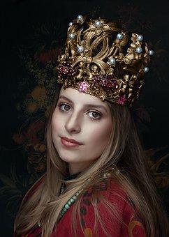 queen-2623776__340